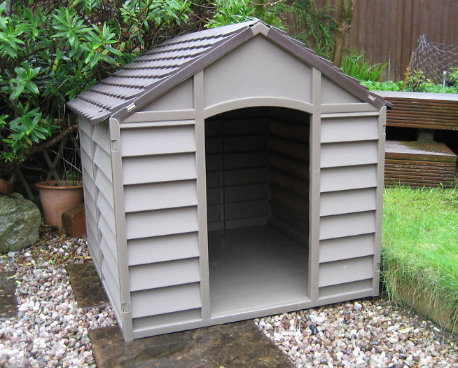 Notice On The Commercial Plastic Dog Houses That The Front Lip Is Very Low.  Any Shavings Or Bedding That Would Be Inside Those Would Come Out Easily As  The ...